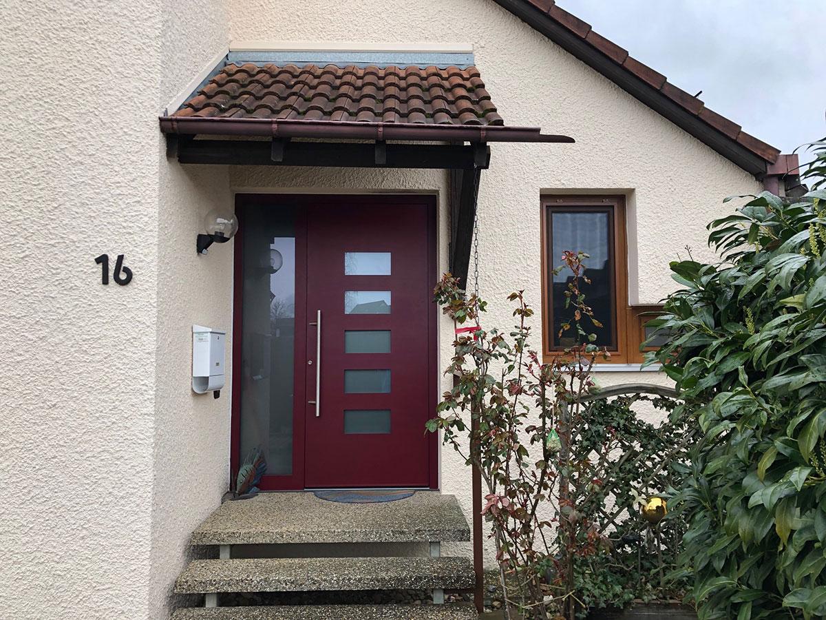 Alu Haustür in rot bordeaux in Böblingen kaufen